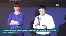 Akshay Kumar hosts special screening of 'Mission Mangal' for BMC officers