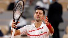 Djokovic debuta en Roland Garros con una aplastante victoria sobre Mikael Ymer