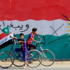 Kurds abandon territory in the face of Iraq government advance