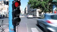 Paris : les feux rouges bientôt bannis ?