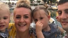 easyJet selects three-year-old girl for involuntary offloading after airline overbooked flight