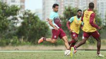 Fred é liberado pelo Fluminense para treino com bola e brinca: 'De olho no Brasileirão'