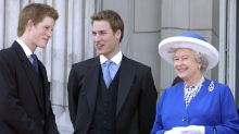 Who are the Queen's grandchildren?