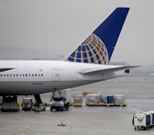 United Airlines passengers stranded over 15 hours at frigid Canadian military base