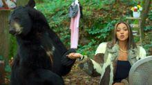 Wejdene s'affiche avec un ours au grand dam des défenseurs des animaux