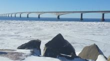 Light poles removed from Confederation Bridge due to weather