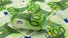 EUR/USD Weekly Price Forecast – Euro has rough week as we collapse