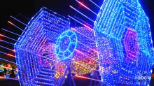 Iconic 'Star Wars' and 'Star Trek' spaceships impressively brought to life with Christmas lights