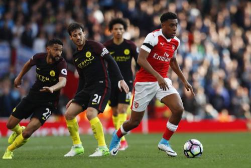 Arsenal et City se neutralisent