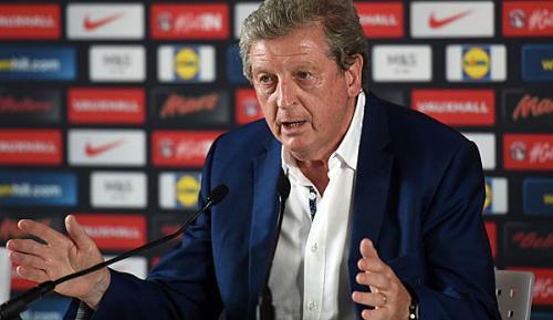 International: Ex-England-Trainer Hodgson hilft in Australien aus