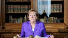 Merkel quiere mejorar infraestructura y comunicación digital contra el virus