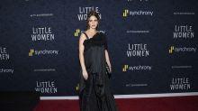 El estreno de 'Mujercitas' nos deja uno de los peores estilismos de Emma Watson