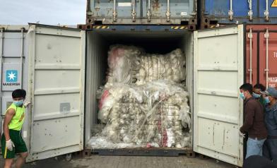 柬埔寨也怒了:垃圾退回美加