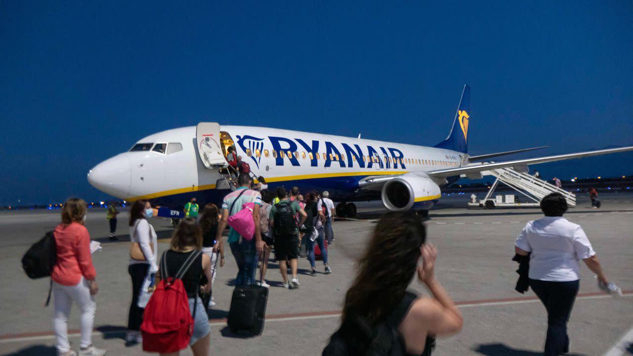 Image EU adds U.S. to its safe travel list