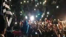 Pakistan opposition leaders with 'ocean' of people reach Gujranwala for their first anti-govt protests