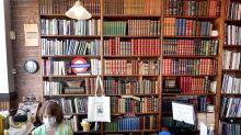 Bookstore BrowsingCan't Become a Victim of Coronavirus