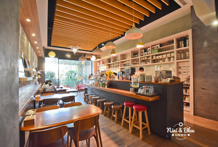 東麗風店 茶花 咖啡 台中咖啡館 不限時06