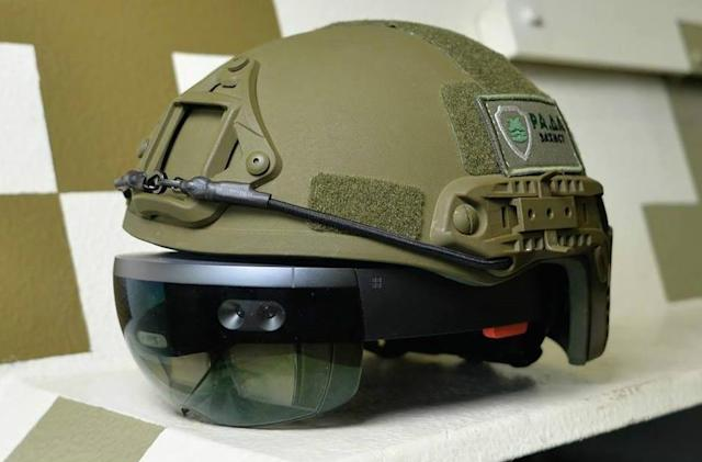 Ukraine's military wants HoloLens helmets for its tank commanders