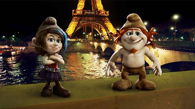 The Smurfs 2 Exclusive trailer