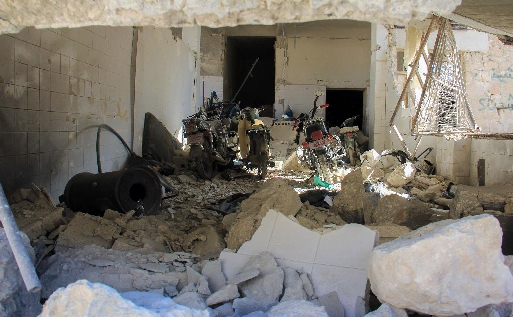 A picture taken on April 4, 2017 shows destruction at a hospital in Khan Sheikhun, a rebel-held town in the northwestern Syrian Idlib province, following a suspected toxic gas attack (AFP Photo/Omar haj kadour)