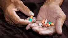 Idosos estão consumindo cada vez mais remédios - e de maneira alarmante