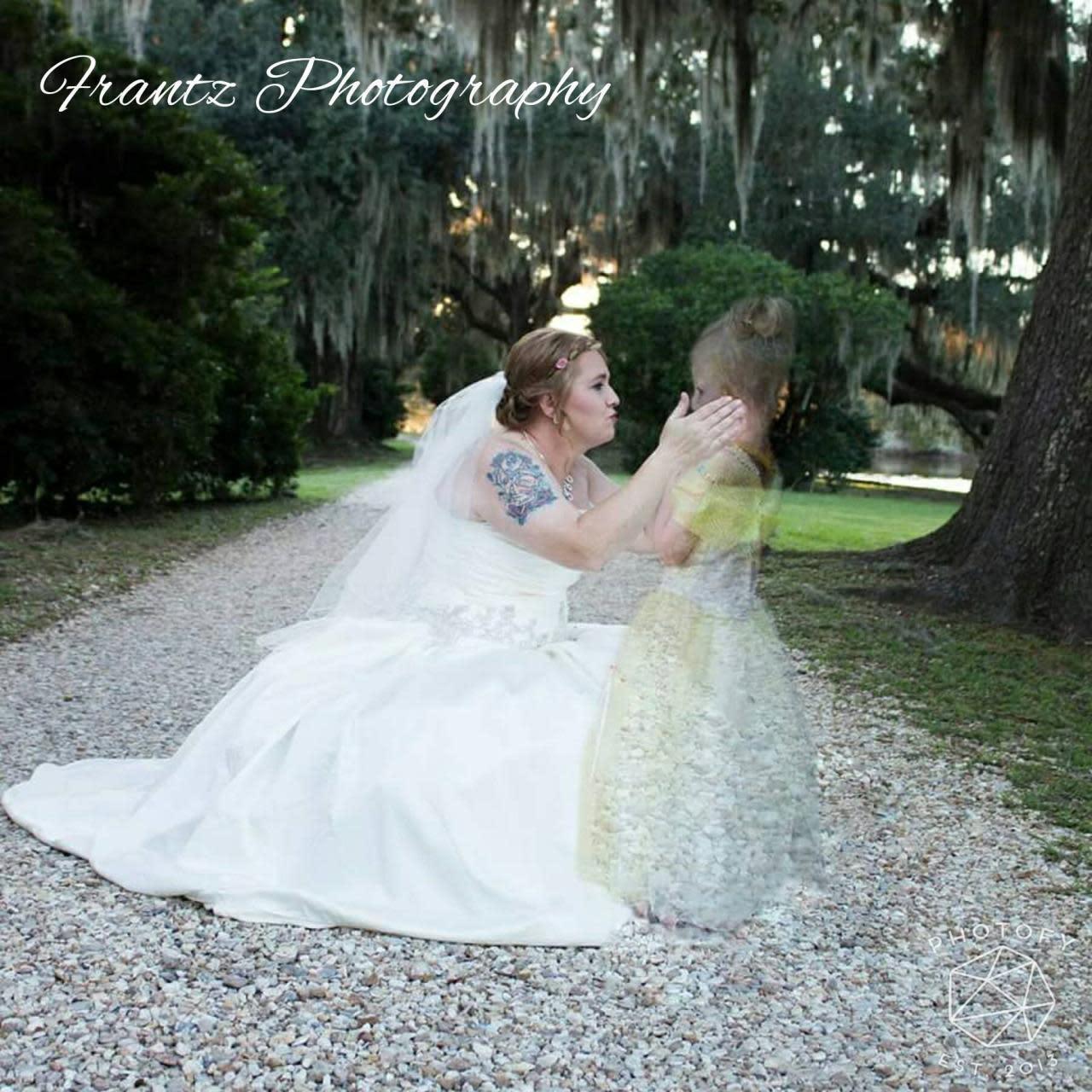 Hurricane tore the wedding of the group Tea Tea soloist 31.07.2010 73