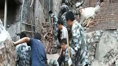 Raw Video: Rescue effort in China after quake