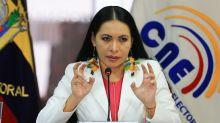 Órgano electoral de Ecuador analizará si descalifica al binomio correísta