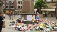 Manchester residents show solidarity with bombing victims
