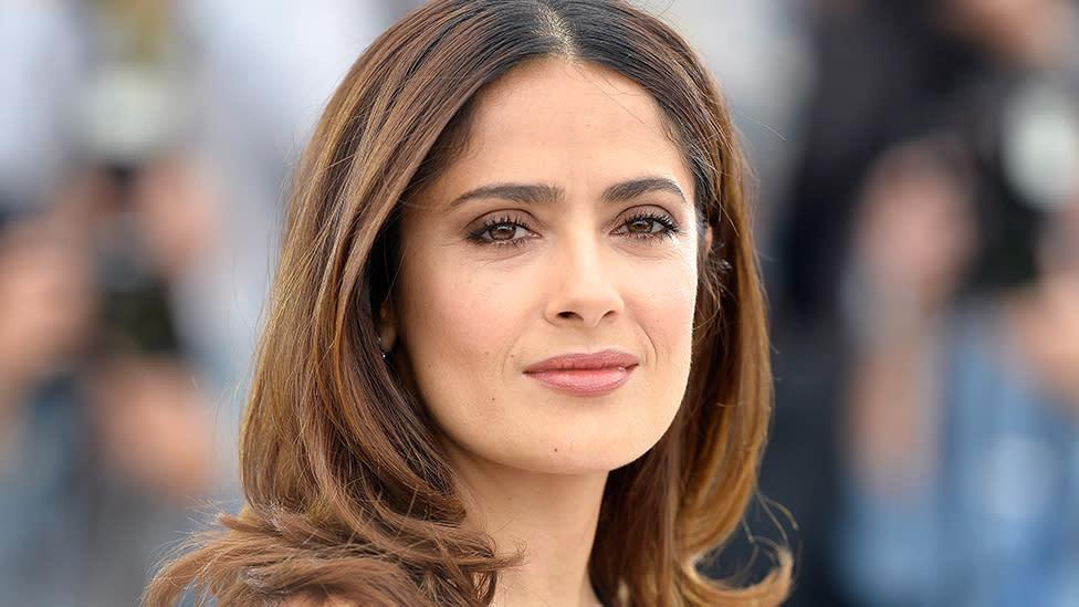 Salma Hayek, 53, stuns in makeup-free selfie