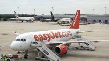 Easyjet, atterraggio d'emergenza a Milano per fumo in cabina