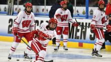 Can crowdfunding save women's college hockey?