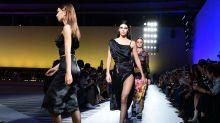 Michael Kors acquista Versace