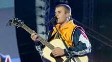 Justin Bieber Cries During One Love Manchester Performance: 'I Won't Let Go of Hope'