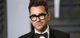 'Schitt's Creek' star Dan Levy's plea to viewers: Vote