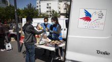 """Covid-19 : """"Il y a une situation critique"""" de la pauvreté en France, estime Joëlle Bottalico, secrétaire nationale du Secours populaire français."""