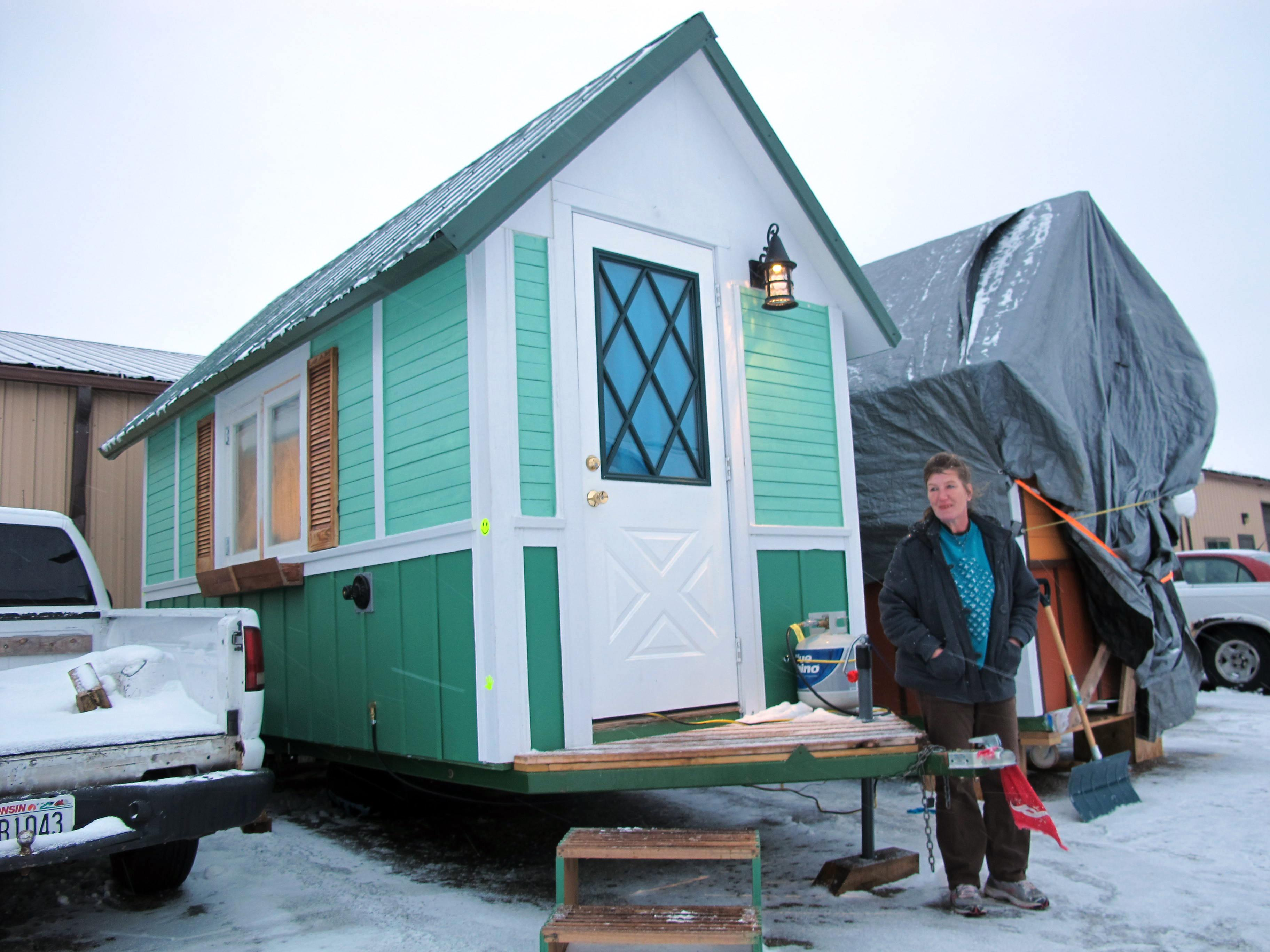 Tiny houses help address nation\'s homeless problem
