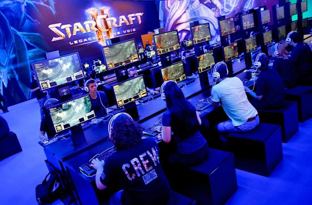 Google and Blizzard invite you to train AI with 'StarCraft II'