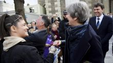 Britain points at Putin in poisoning attack as gulf widens