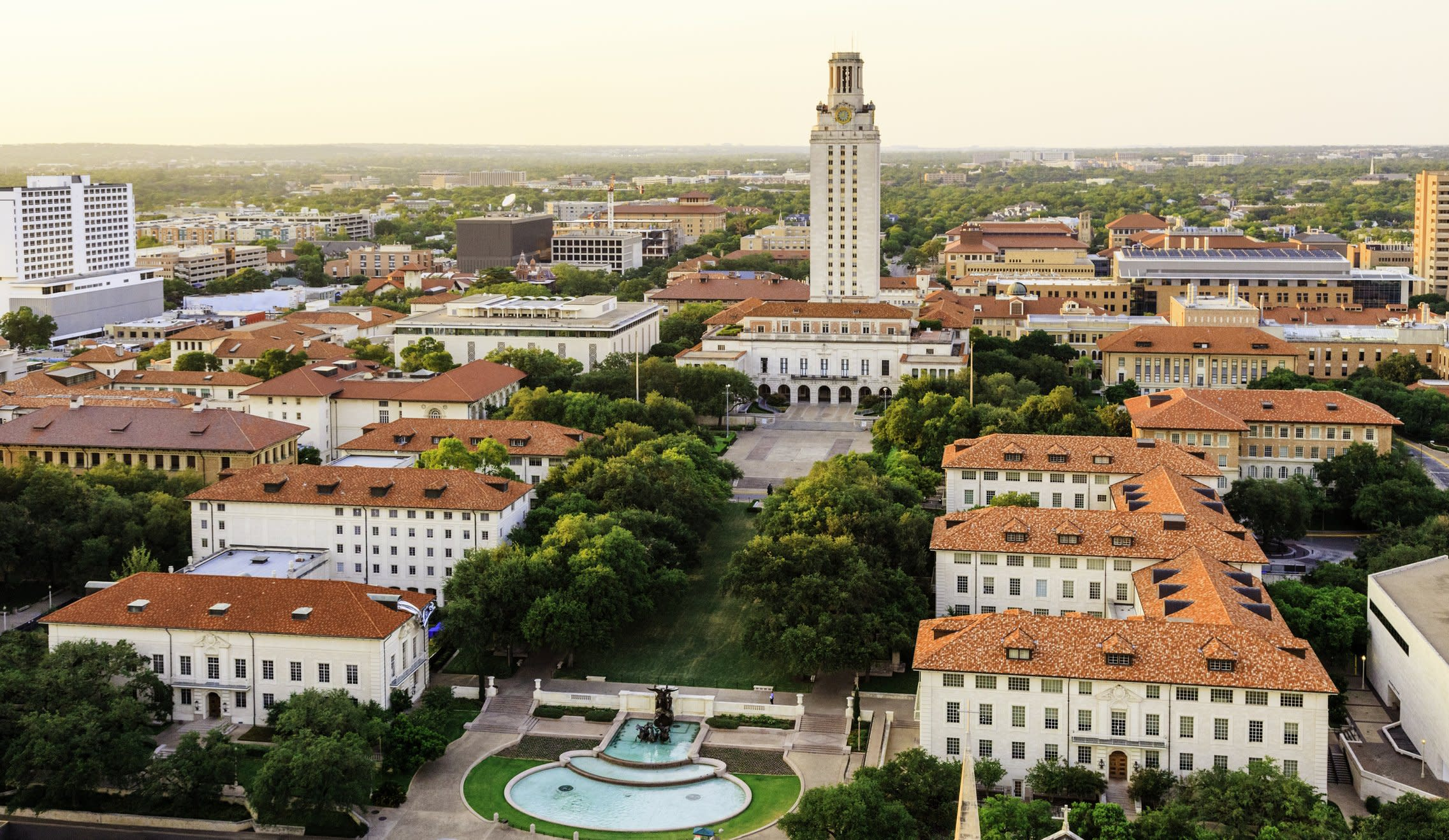 University of Texas-Austin Greatly Expands Its Free Tuition Program Assisting Low and Middle-Income Students