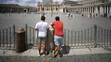 El Vaticano juzga a cardenal por escándalo financiero
