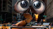 Tráiler   Los personajes de Pixar salen al mundo real en una serie para Disney+