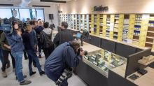 Quebec's government-run cannabis stores opt for control over customer experience