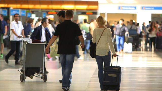 Luggage handlers arrested for stealing valuables at LAX