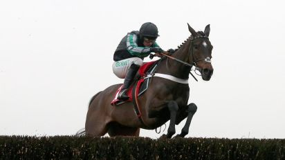 Altior wins 17th consecutive jumps race