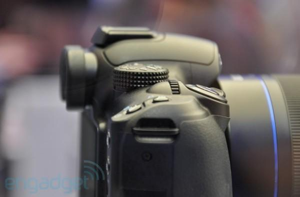 Samsung's NX camera due for late 2009 or early 2010, uses proprietary lens system