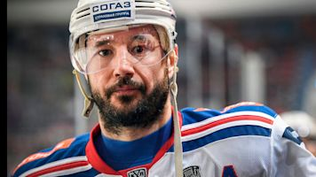 He's back! Ilya Kovalchuk returns to NHL
