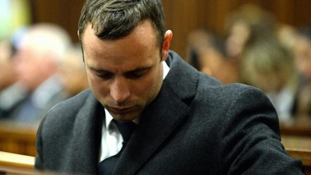 Oscar Pistorius Discusses Dead Mother in Court