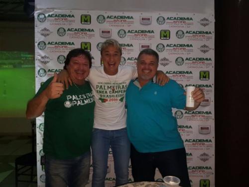 Paulo Nunes faz a festa com torcida em evento e crê em Verdão na final