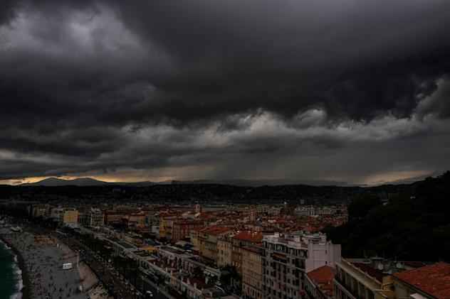 Android users can get Dark Sky weather updates for one more month